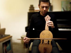 Descubriendo a Emilio Villalba, especialista y apasionado de los instrumentos históricos