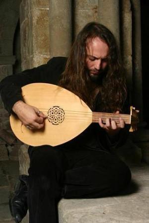 """Efrén López: """"La música medieval es mi pasión"""""""