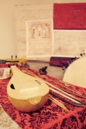 Los instrumentos perdidos de al-Andalus. Concierto-exposición de instrumentos por Emilio Villalba.