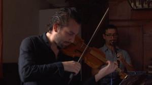 Filmar la música antigua, escuchar un documental