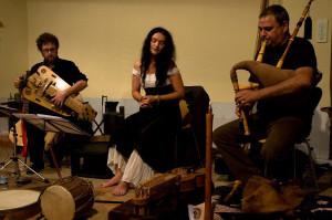 MARA ARANDA lleva música del Mediterráneo al centro de Madrid