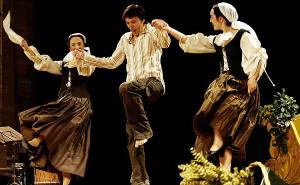 """""""Con mudanzas y meneos. Músicas y danzas de la época de Cervantes"""""""