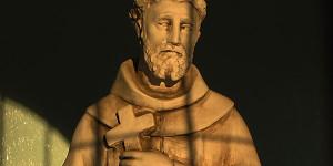 Beatus Franciscus Pauper y la música de su época